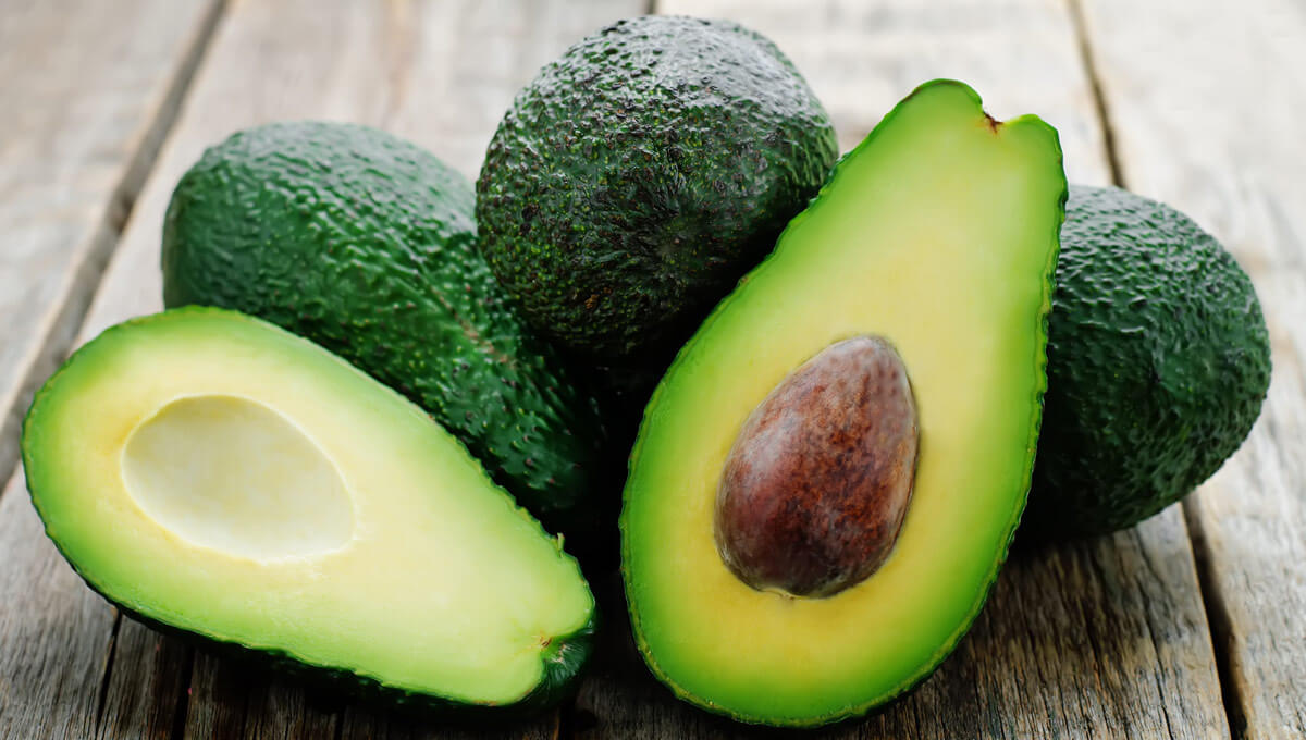 5 reasons  for eating avocados