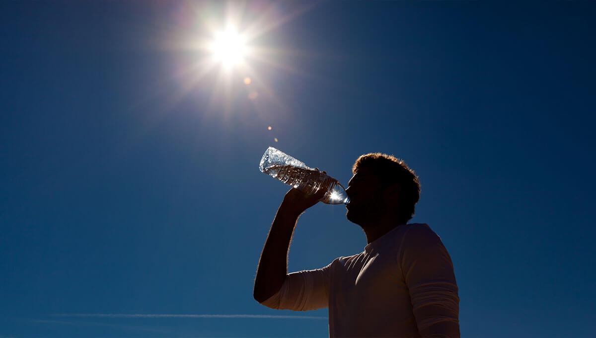 5 Wege, um die Hitze zu überstehen  - achte auf dich im Urlaub!