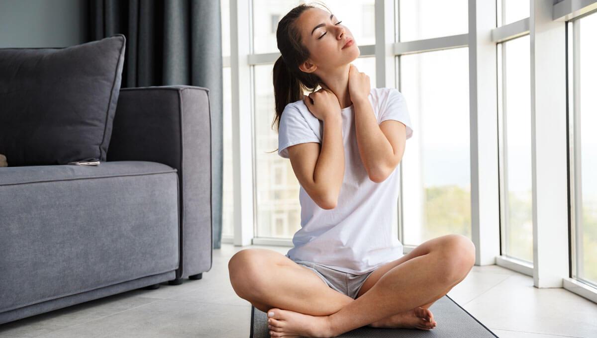 Ejercicios de estiramiento para la columna cervical:  ¿por qué hay que hacerlos?
