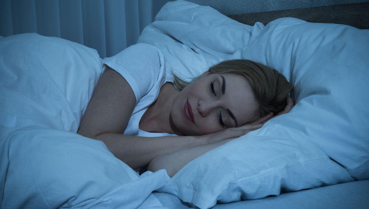 Czym jest higiena snu?  Dlaczego należy o nią zadbać?