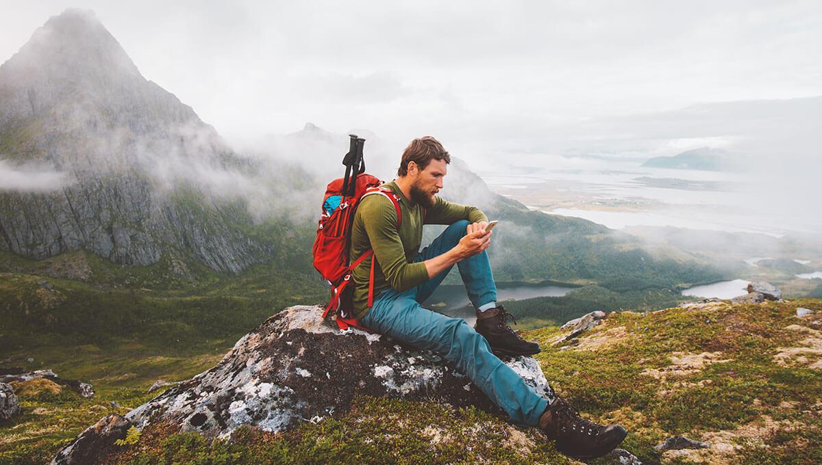 Wie bereitet man sich  auf eine Reise in die Berge vor?
