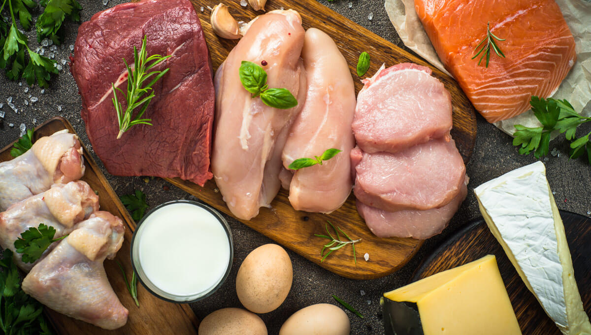 What are the sources of natural protein  in an athlete's daily diet?