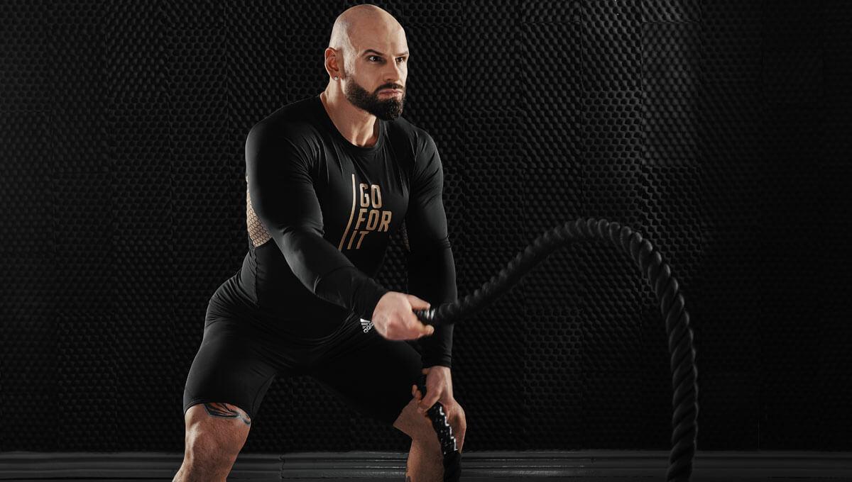 Odzież sportowa  – jak wybrać wygodną na trening?
