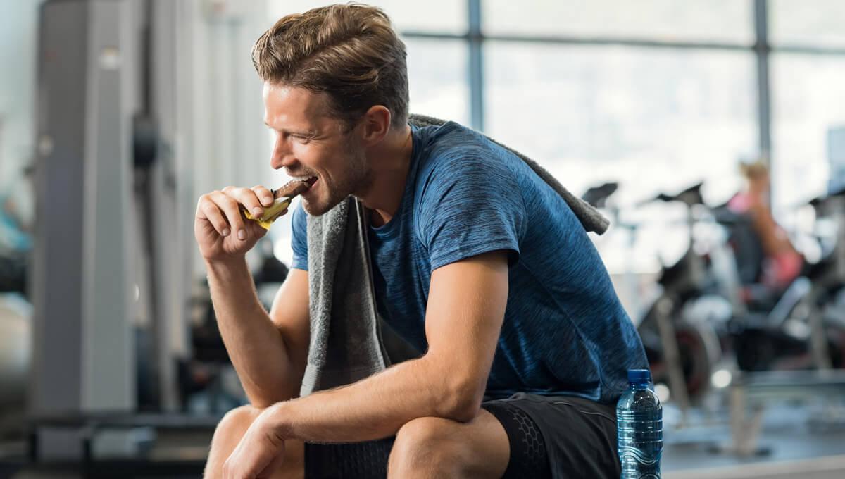 Co dają batony proteinowe?  Poznaj ich zalety!