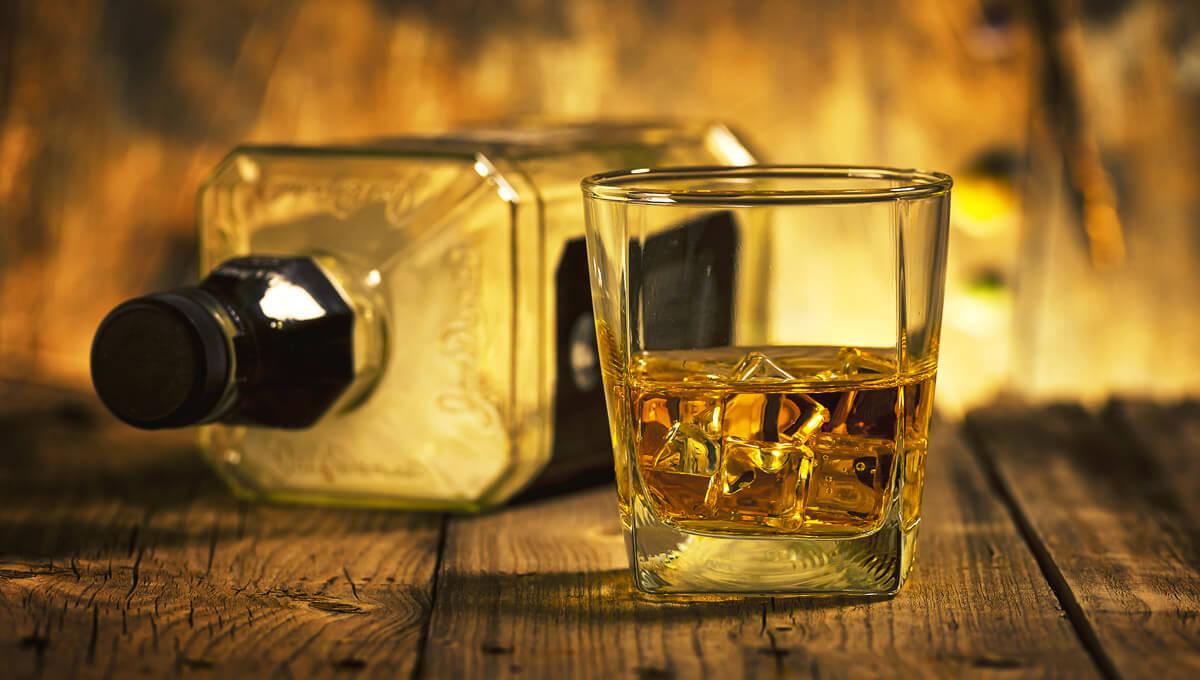 Kreatyna, a alkohol.  Co powinieneś wiedzieć?