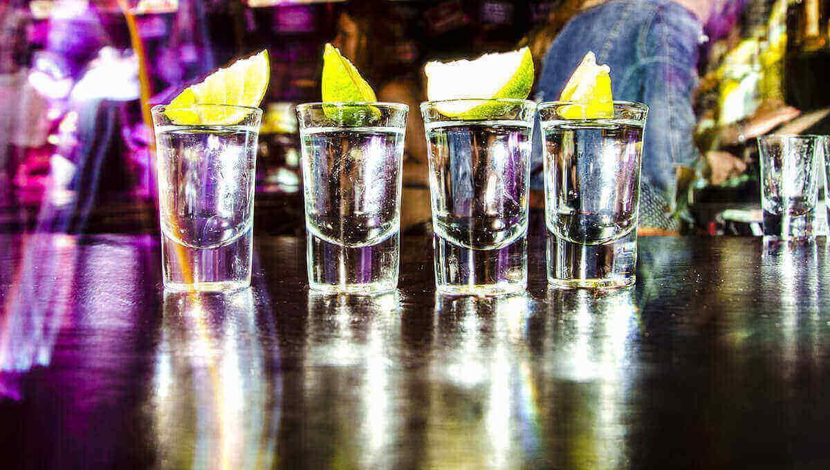 micción excesiva después del alcohol
