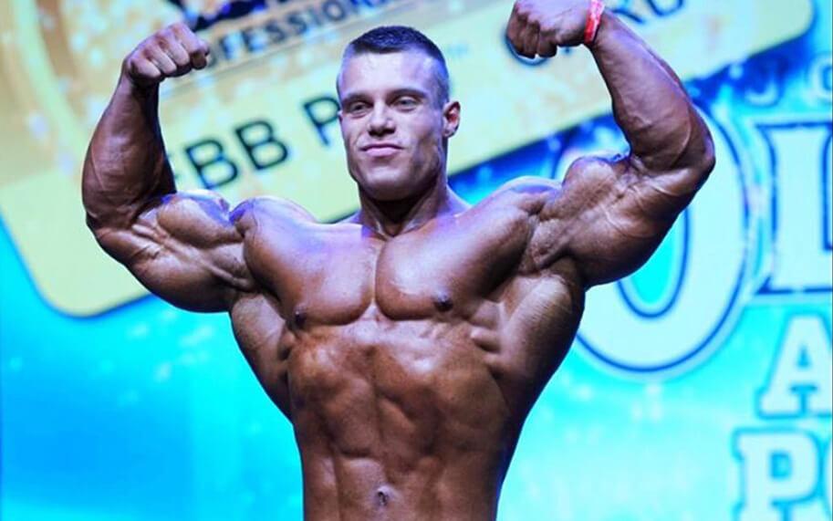 Florian Poirson  a décroché la carte IFBB PRO