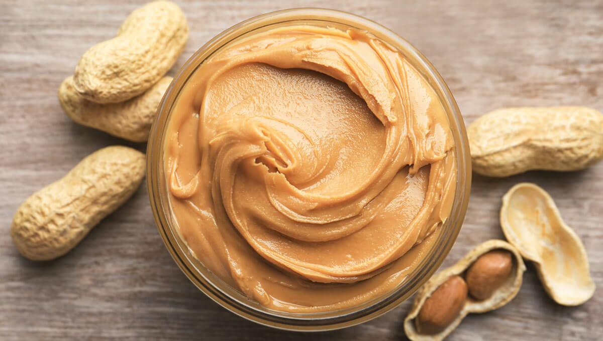 ¿Qué papel juega la mantequilla  de maní en la dieta de un culturista?