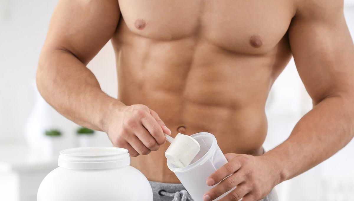 Wie baut man die Muskeln aus?  Probiere Präparate für die Masse aus.