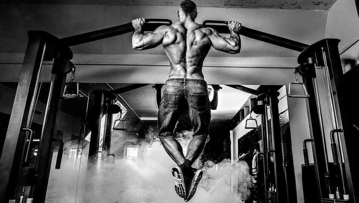 How to build muscle mass.  Muscle-building workout plan. Compound exercises.