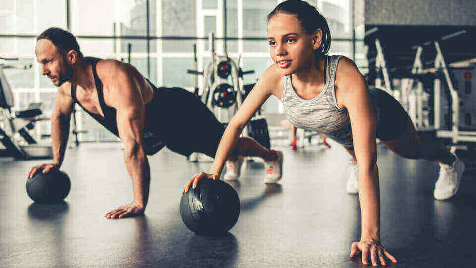 Trening dla początkujących. Jak zacząć trening na siłowni?