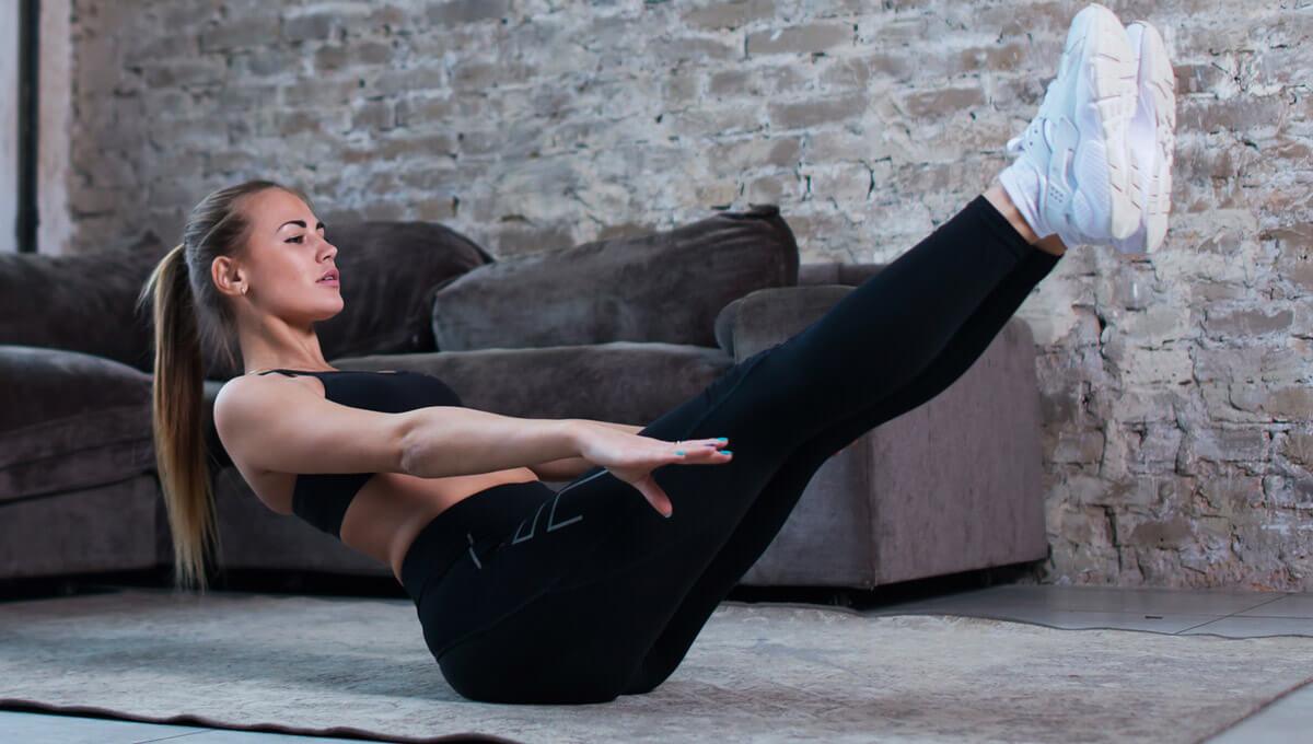 Training für den Bauch zu Hause.  Lerne die besten Übungen kennen!