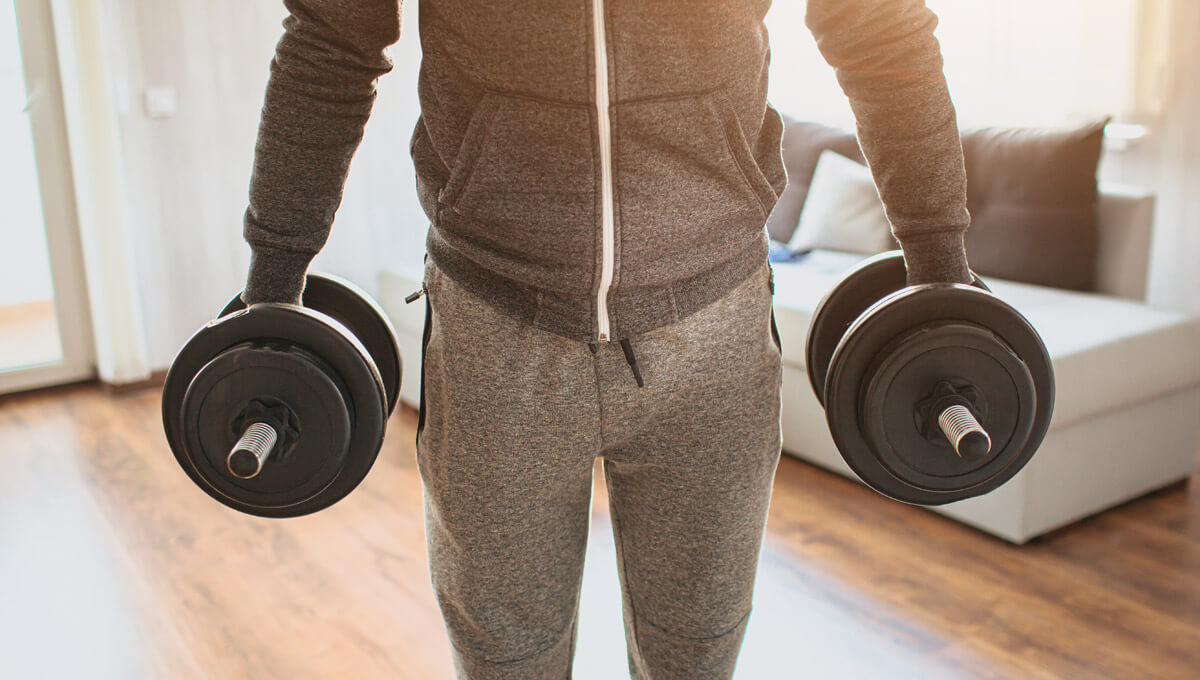 Allenamento a casa con  i manubri Scopri i migliori esercizi